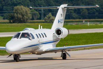 M-OLLY - Private Cessna 525 CitationJet