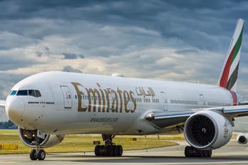 A6-ENF - Emirates Airlines Boeing 777-300ER
