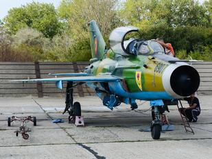 6907 - Romania - Air Force Mikoyan-Gurevich MiG-21 LanceR B