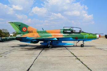 9541 - Romania - Air Force Mikoyan-Gurevich MiG-21 LanceR B