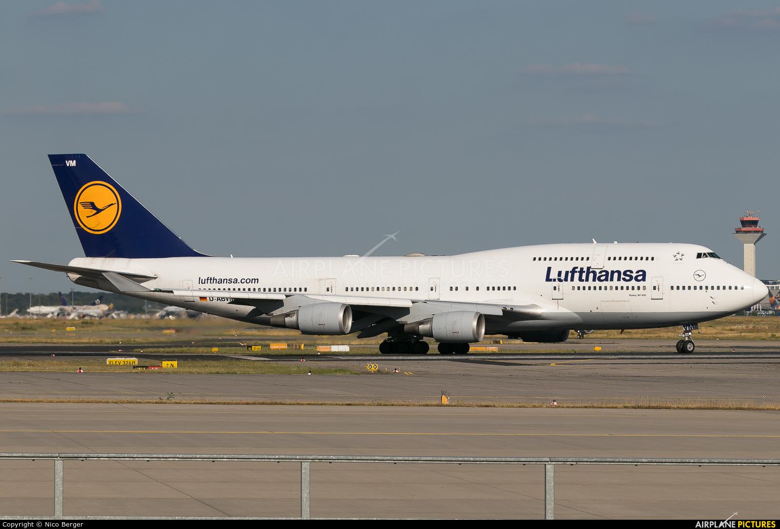 Lufthansa D-ABVM aircraft at Frankfurt