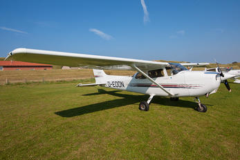 D-EOON - Private Cessna 172 Skyhawk (all models except RG)