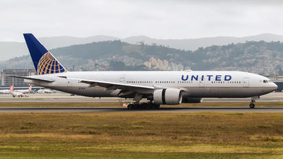 N773UA - United Airlines Boeing 777-200ER