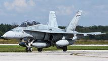 118938 - Canada - Air Force McDonnell Douglas F/A-18B Hornet aircraft