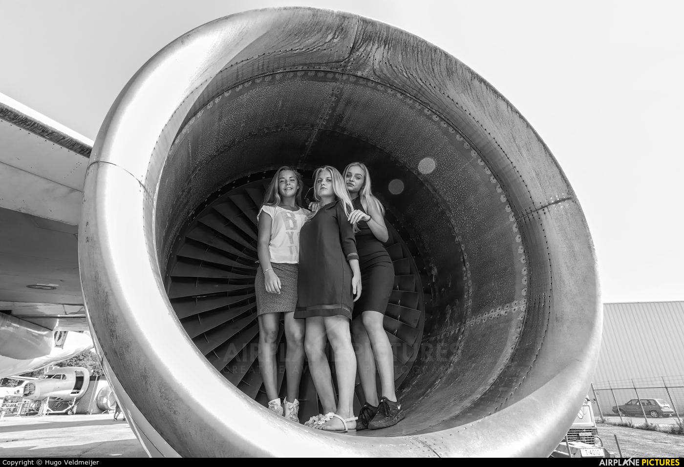 - Aviation Glamour - aircraft at Lelystad