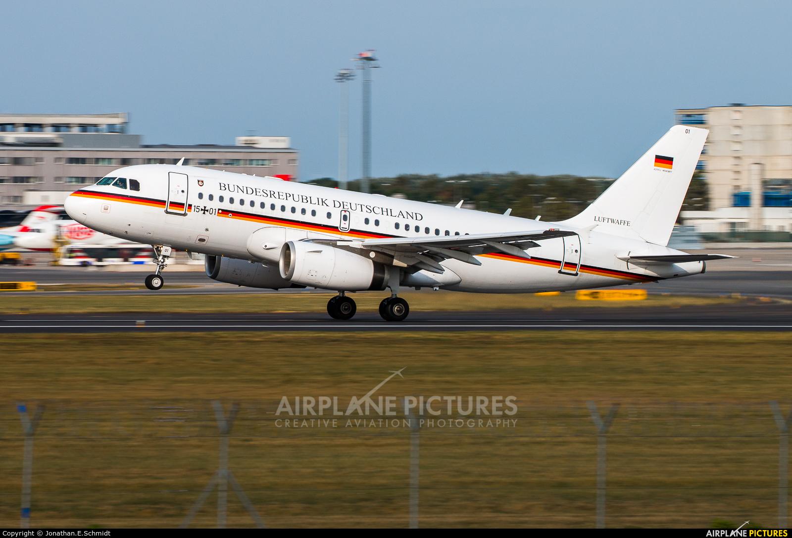 Germany - Air Force 15+01 aircraft at Vienna - Schwechat