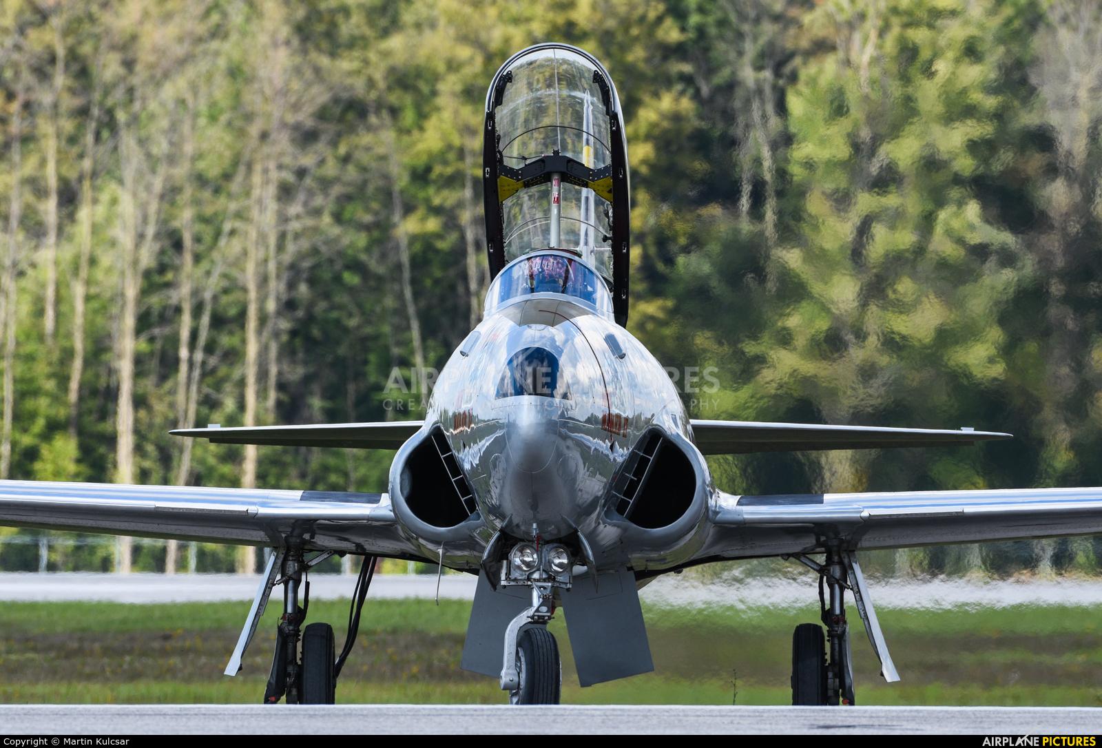 USA - Air Force 21452 aircraft at London  Intl, ON