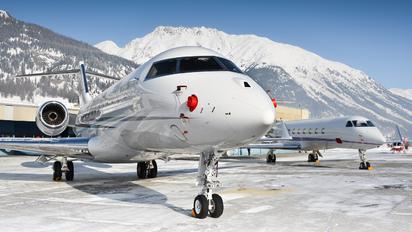CS-LAM - Private Bombardier BD-700 Global 5000