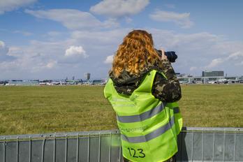 EPWA - - Aviation Glamour - Aviation Glamour - People, Pilot