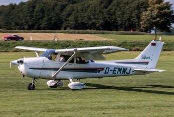 D-EMWJ - Private Cessna 172 Skyhawk (all models except RG)