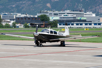 N2200R - Private Mooney M20T