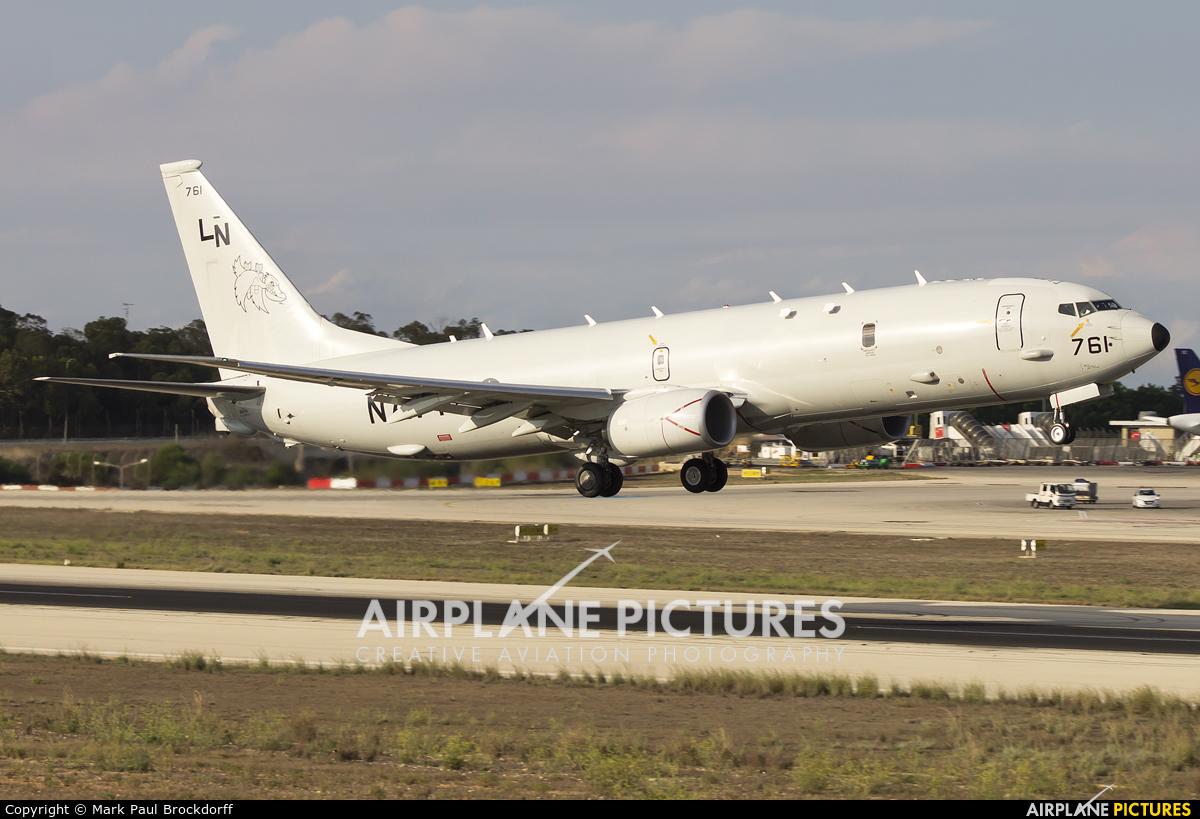 Самолет ВМС США P-8A Poseidon следил за российской корабельной группировкой в Ла-Манше