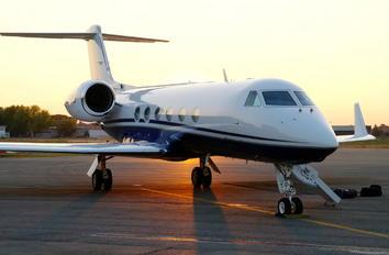 C-FDBJ - Private Gulfstream Aerospace G-IV,  G-IV-SP, G-IV-X, G300, G350, G400, G450