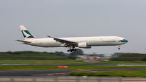B-HNP - Cathay Pacific Boeing 777-300 aircraft