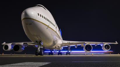 N120UA - United Airlines Boeing 747-400