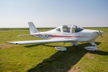 PH-LHU - Private Tecnam P2002