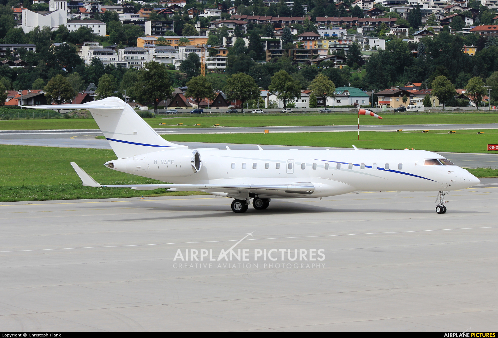 MNAME  Private Bombardier BD700 Global 6000 At