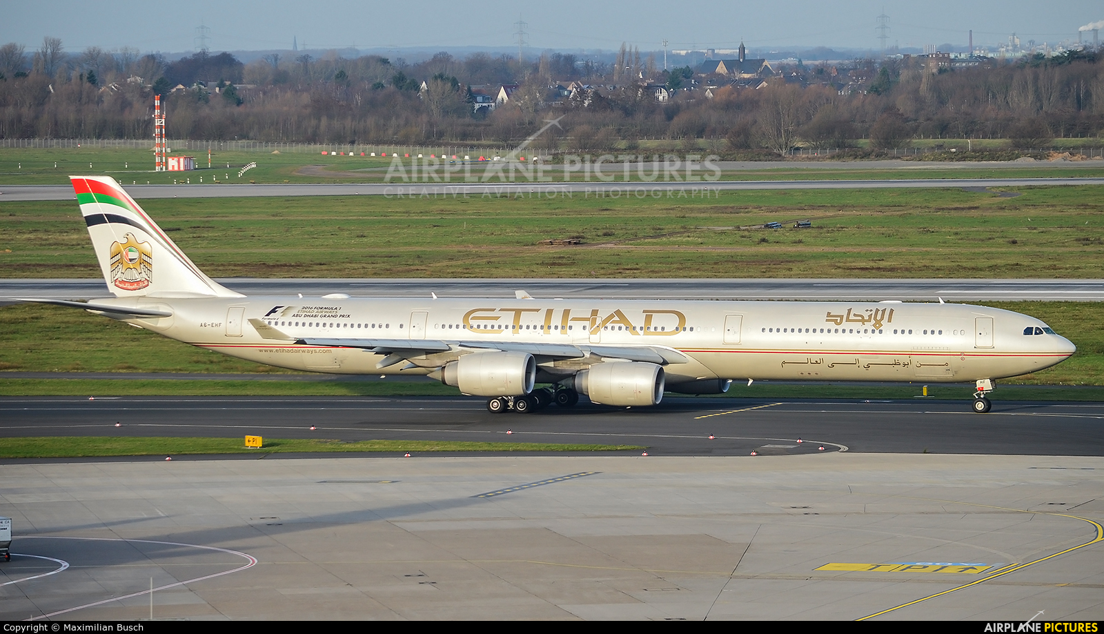 Etihad Airways A6-EHF aircraft at Düsseldorf