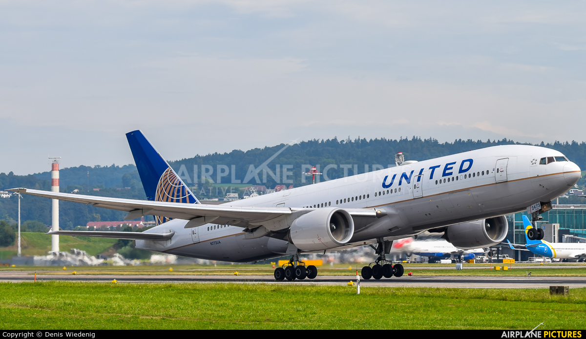 United Airlines N773UA aircraft at Zurich