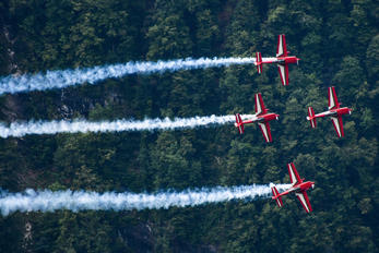 - - Royal Jordanian Falcons Extra 300L, LC, LP series