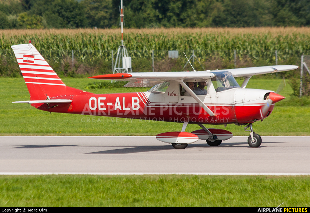 Private OE-ALB aircraft at Augsburg