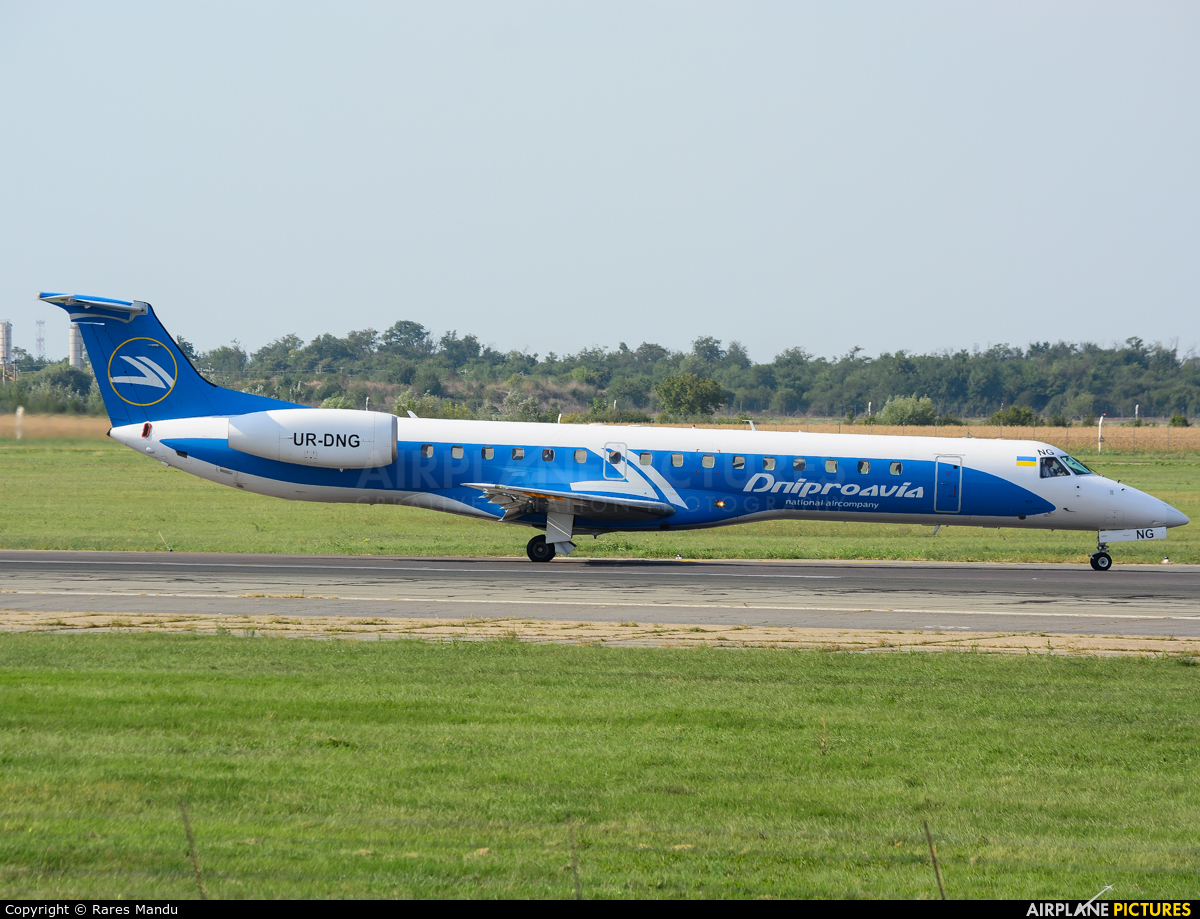 Dniproavia UR-DNG aircraft at Bucharest - Henri Coandă