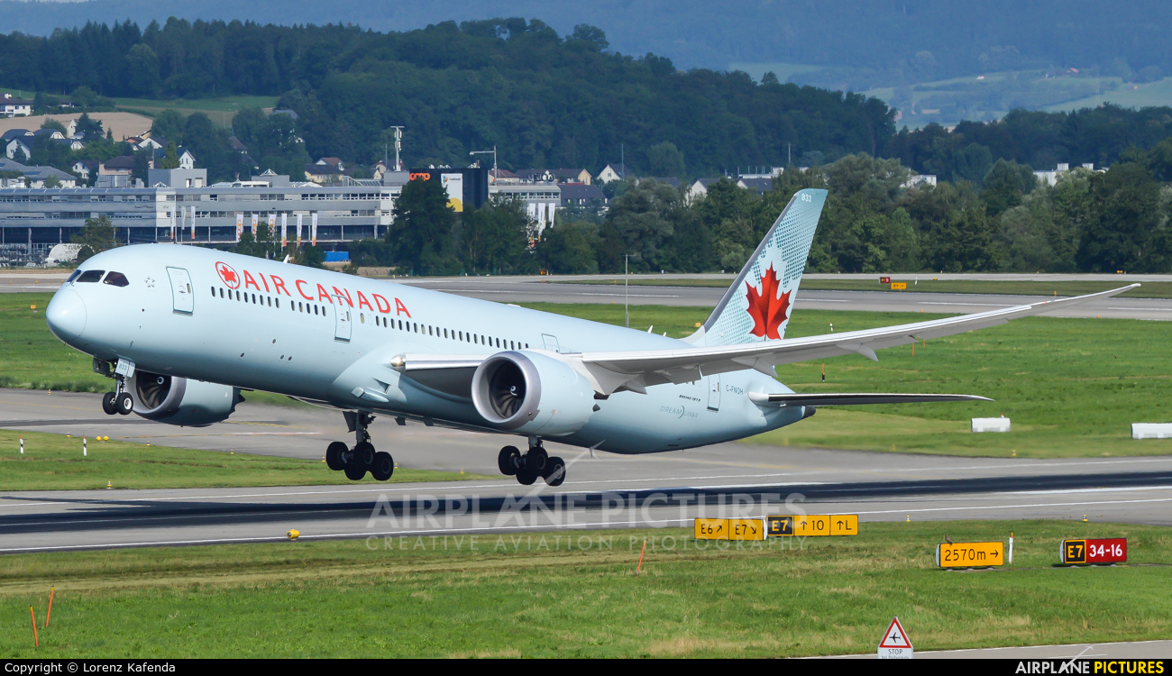 Air Canada C-FNOH aircraft at Zurich