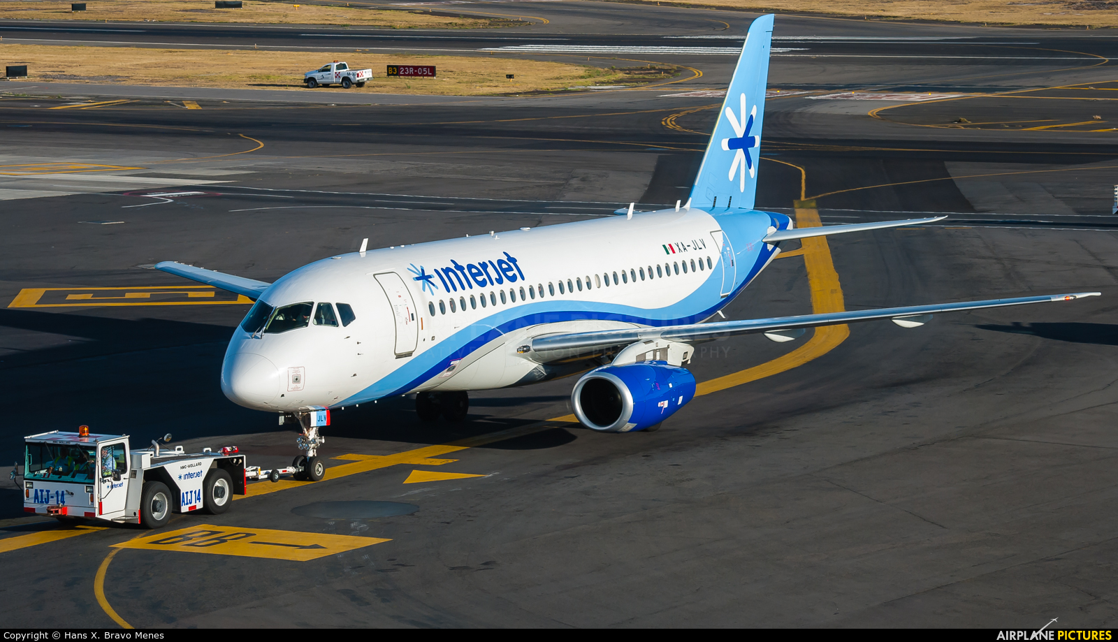 Interjet XA-JLV aircraft at Mexico City - Licenciado Benito Juarez Intl