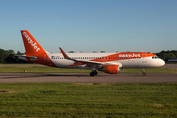G-EZPK - EasyFly Airbus A320