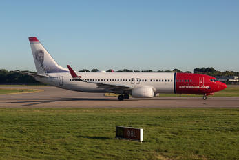 G-NRWY - Norwegian Air Shuttle Boeing 737-800