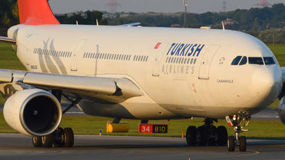 TC-JNF - Turkish Airlines Airbus A330-200