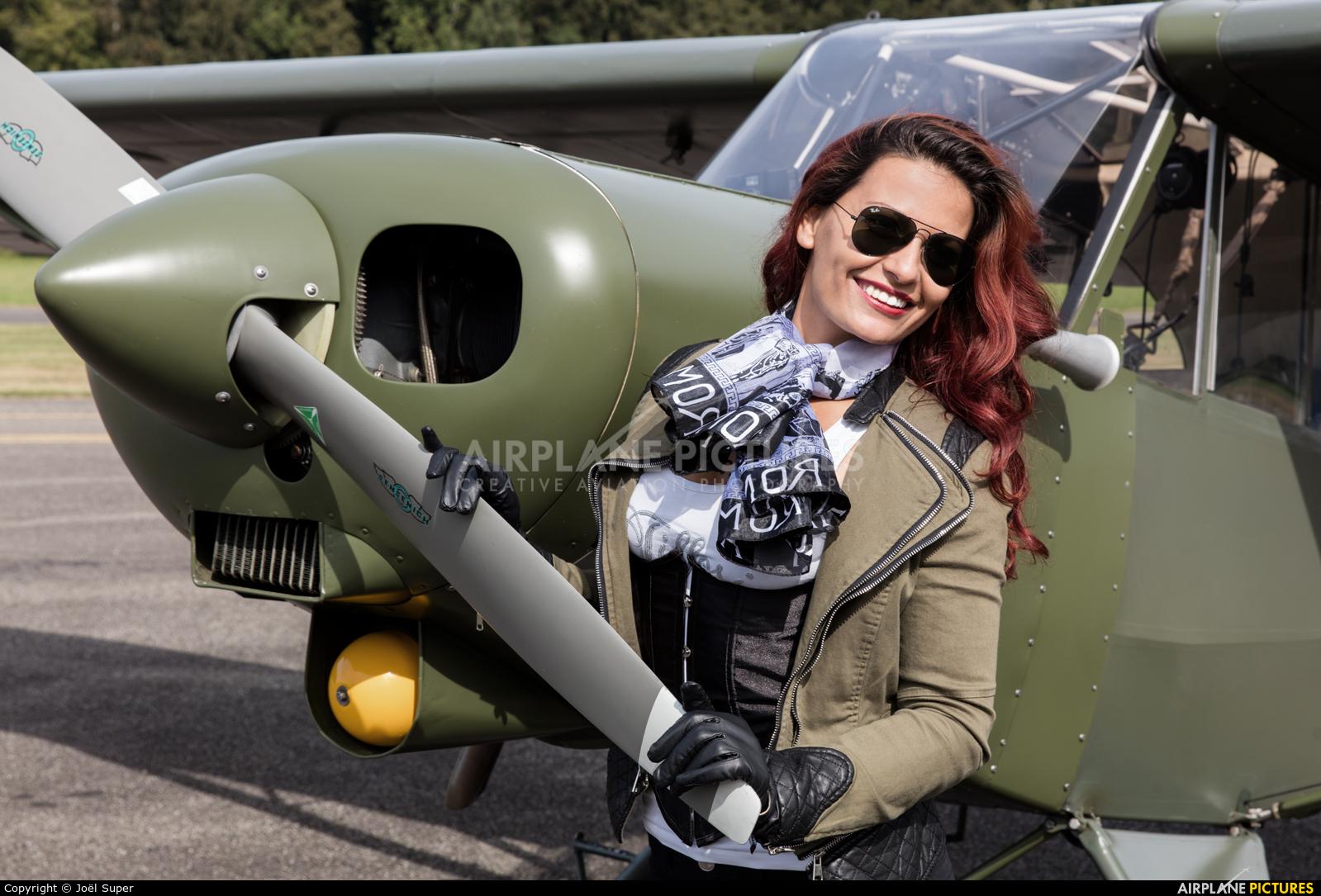 - Aviation Glamour HB-PAV aircraft at Bleienbach Langenthal