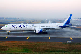 9K-AOC - Kuwait Airways Boeing 777-300ER
