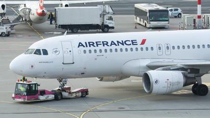 F-GKXN - Air France Airbus A320