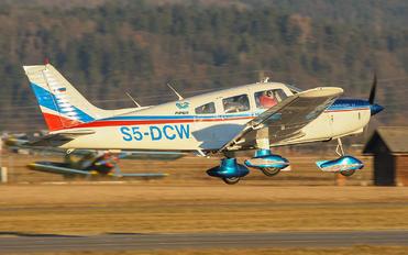 S5-DCW - Private Piper PA-28 Cherokee