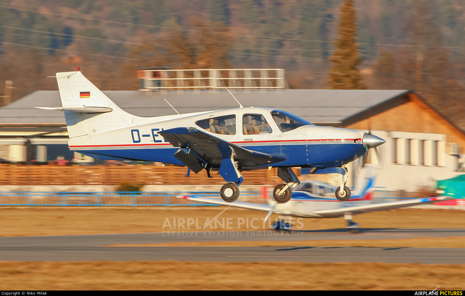 Private D-ELCH aircraft at Lesce-Bled