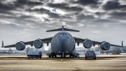 08-8198 - USA - Air Force Boeing C-17A Globemaster III