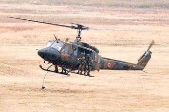 41809 - Japan - Ground Self Defense Force Fuji UH-1J