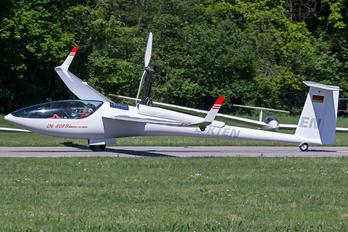 D-KTEN - Private DG Flugzeugbau DG-808