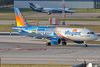 N228NV - Allegiant Air Airbus A320