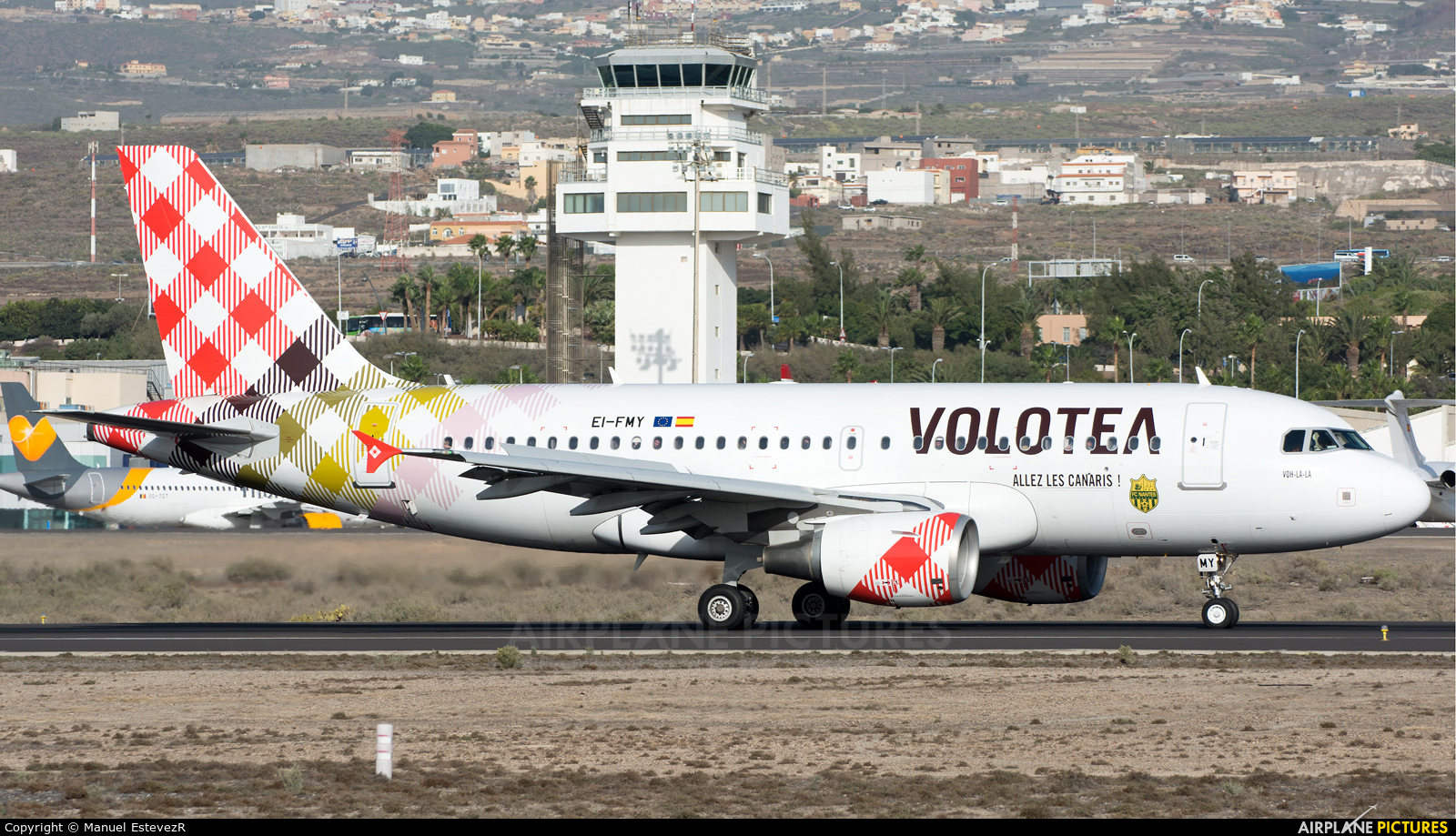 Volotea Airlines EI-FMY aircraft at Tenerife Sur - Reina Sofia