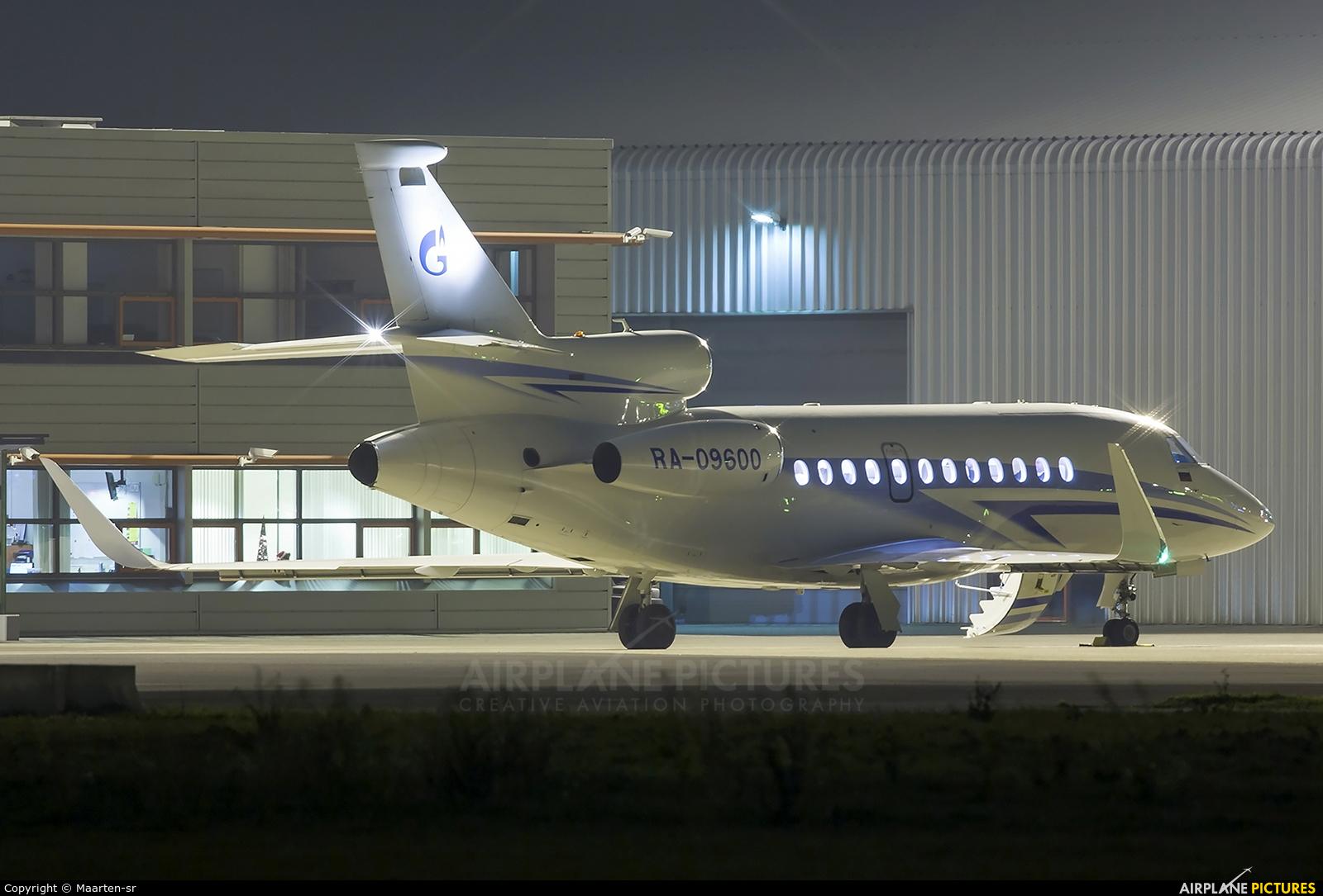 Gazpromavia RA-09600 aircraft at Rotterdam