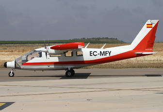 EC-MFY - Private Vulcanair P68C