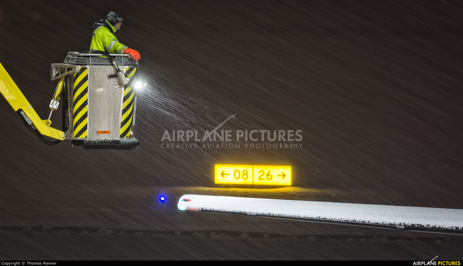 Austrian Airlines/Arrows/Tyrolean OE-LGC aircraft at Innsbruck