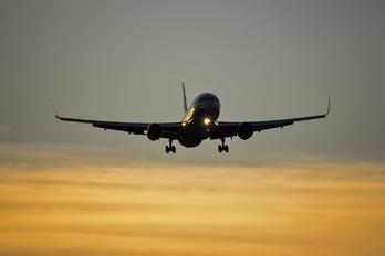N377AN - American Airlines Boeing 767-300ER