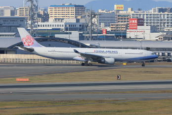 B-18360 - China Airlines Airbus A330-300