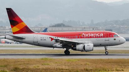 PR-AVL - Avianca Brasil Airbus A318