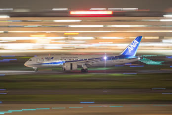 JA878A - ANA - All Nippon Airways Boeing 787-8 Dreamliner