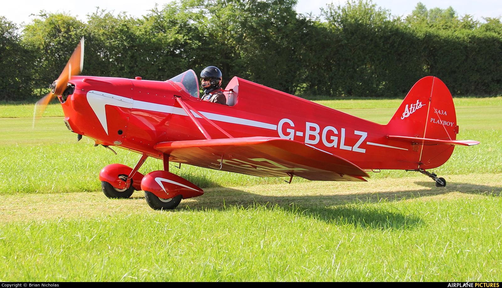 Private G-BGLZ aircraft at Stoke Golding