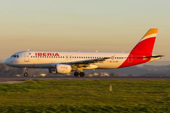 EC-IEF - Iberia Airbus A320